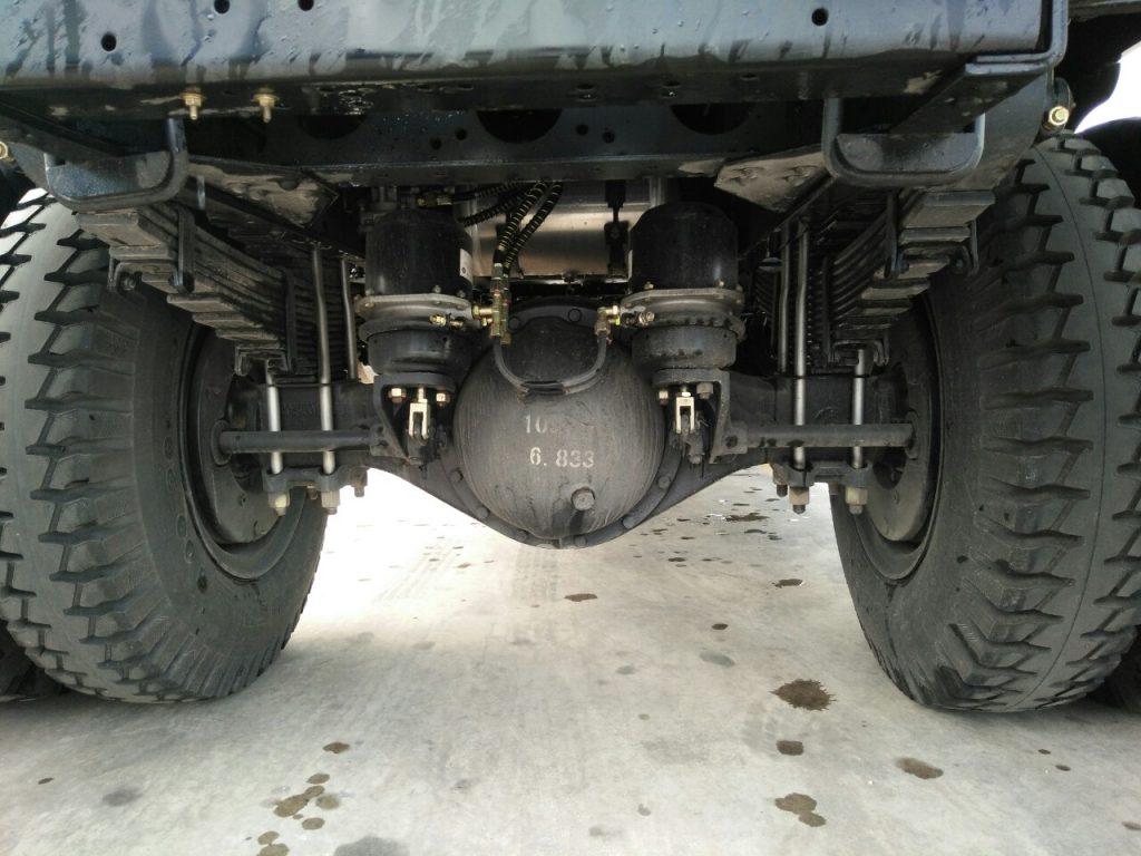 Cầu và lốp xe 7 tấn 9