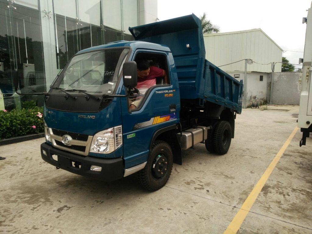 xe ben thaco trường hải 2,5 tấn
